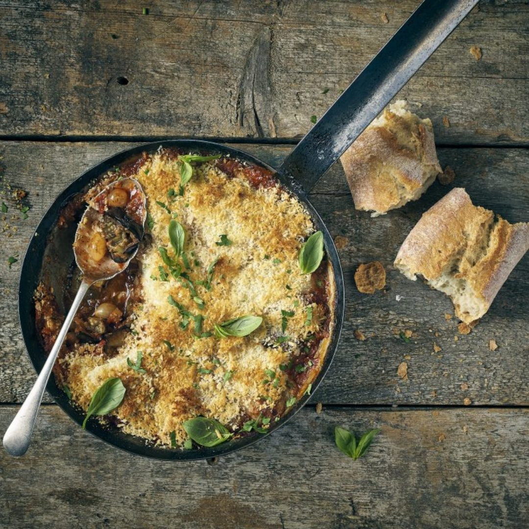 www.wineloversbox.co.uk - One-Pot Aubergine & Mozzarella Bake recipe